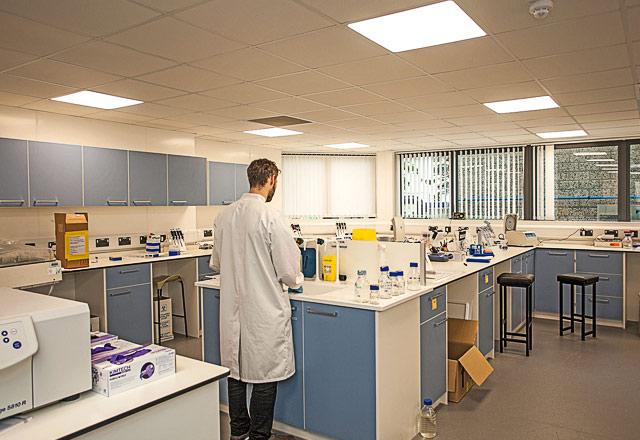 Plymouth Marine Laboratory - lab